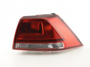 DESNA LAMPA ZA VW GOLF 7 OD  GOD. 2012. CRVENA